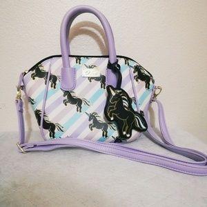 🆕🦄Betsey Johnson Cute Striped Unicorn Handbag